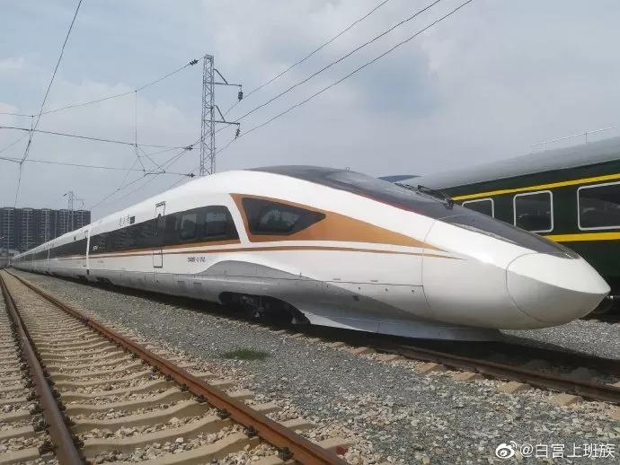 时速400公里京张智能高铁设计方案通过国家评审,将在环铁开展型式试验