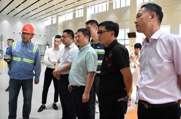 区政协副主席叶明久陪同马哲刚董事长和熊垓智秘书长一行实地调研考察