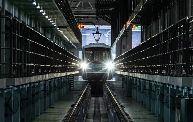 成都地鐵10號線二期全線車站移交 開通在即