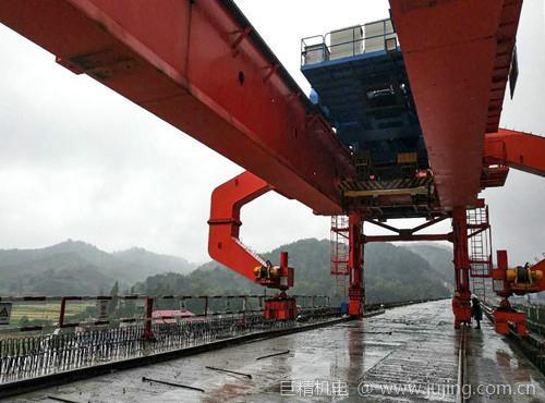 线桥黄黄项目确保完成各项生产指标双节假期仍坚守岗位