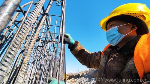 齐齐哈尔民航路跨线桥工程拉开复工序幕