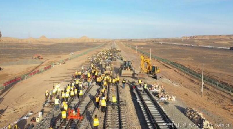 """中铁二十一局乌将铁路扩能改造项目提前兑现""""4.30""""节点目标"""